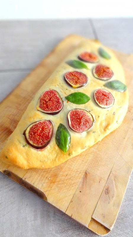 Foccacia mozzarella speck et figues