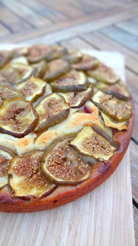 Gâteau figues nectarines ricotta
