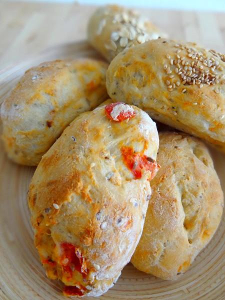 Petits pains tomates origan