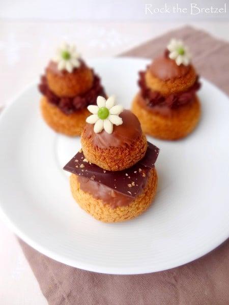 Religieuse pistache et chocolat