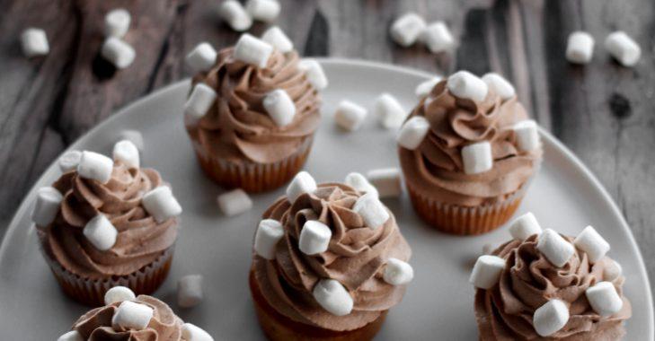 Cupcake au beurre de cacahuète au chocolat et cœur de fluff au caramel