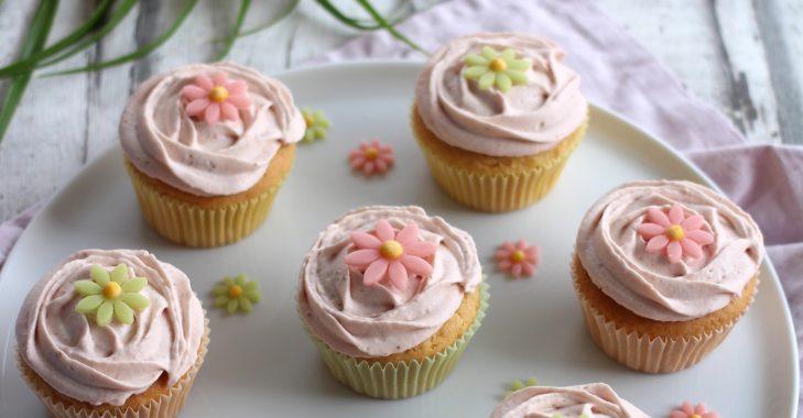 Cupcake à la fraise et au citron pour les défis gourmands de Cuisine Addict